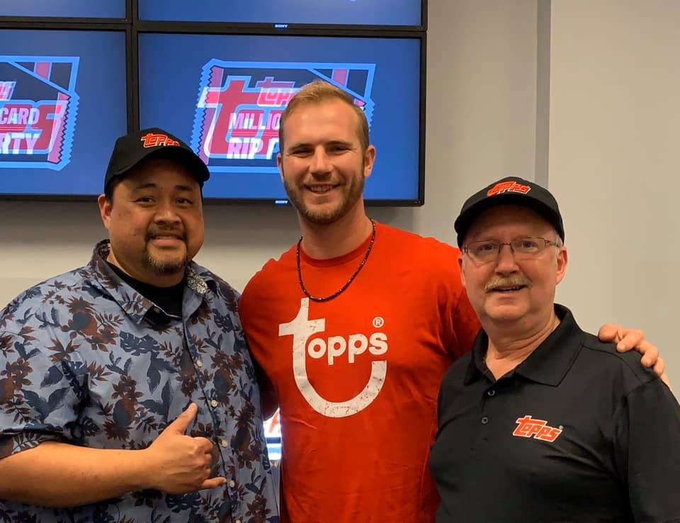 Topps Million Card Rip Party - Meetting Pete Alonso